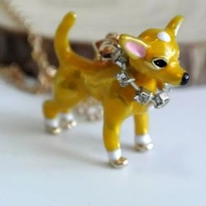 Betsy johnson chihuahua dog necklace